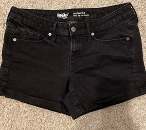 Mossimo shorts size 6 for Sale in Austin, TX
