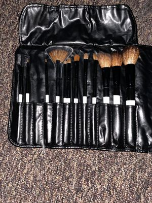 Makeup Brush Set for Sale in Oakland, CA
