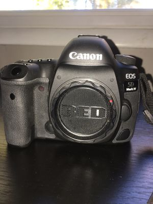 Canon 5D Mark 4 for Sale in Fort Washington, MD