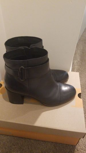 Korks boots in black leather size 9M for Sale in Alexandria, VA