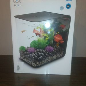 biOrb Flow Aquarium - White / Black Fish Tank MCR 15L / 30L MultiColour Tropical for Sale in Pittsburgh, PA