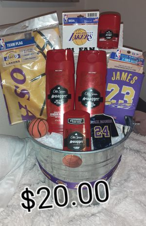 LAKERS GIFT BUCKET for Sale in Bell, CA