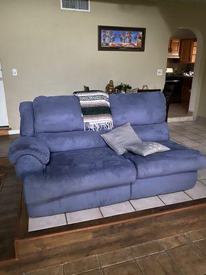 Lay Z Boy sleeper sofa for Sale in Dania Beach, FL