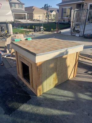 Dog houses for Sale in Stockton, CA