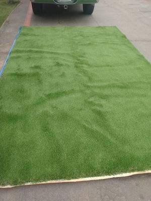 Artificial Grass 8ft by 12.5ft for Sale in Garden Grove, CA