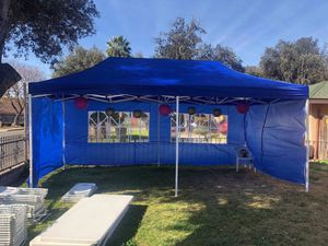 10x20ft Pop Up Canopy Tent- Car Shade -Party Tent and more for Sale in Pomona, CA