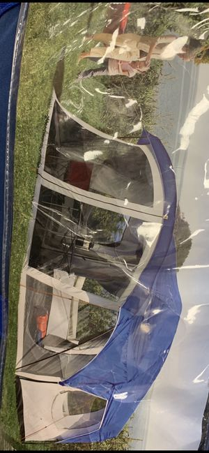 Huge sleeping tent with built in ( around screen housing ) for Sale in Harwinton, CT