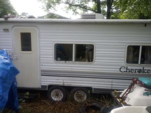 Nice working camper by cheroke for Sale in Mogadore, OH