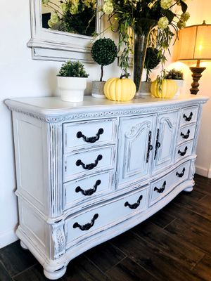 Stunning Rustic Farmhouse Buffet Credenza, White Shabby Chic! for Sale in Queen Creek, AZ
