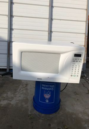 Kenmore Microwave Good Condition for Sale in Modesto, CA