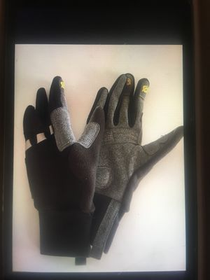 Novara cycling gloves for Sale in Kentwood, MI