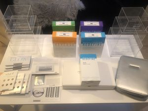 Rodan + Fields Consultant Display And Product Lot for Sale in Bakersfield, CA