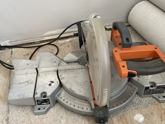 Ridgid Sliding Miter Saw With Cut Line Indicator for Sale in Hampton,  VA