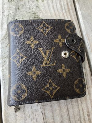 Used Authentic Louis Vuitton Monogram Small Wallet for Sale in Columbus, OH