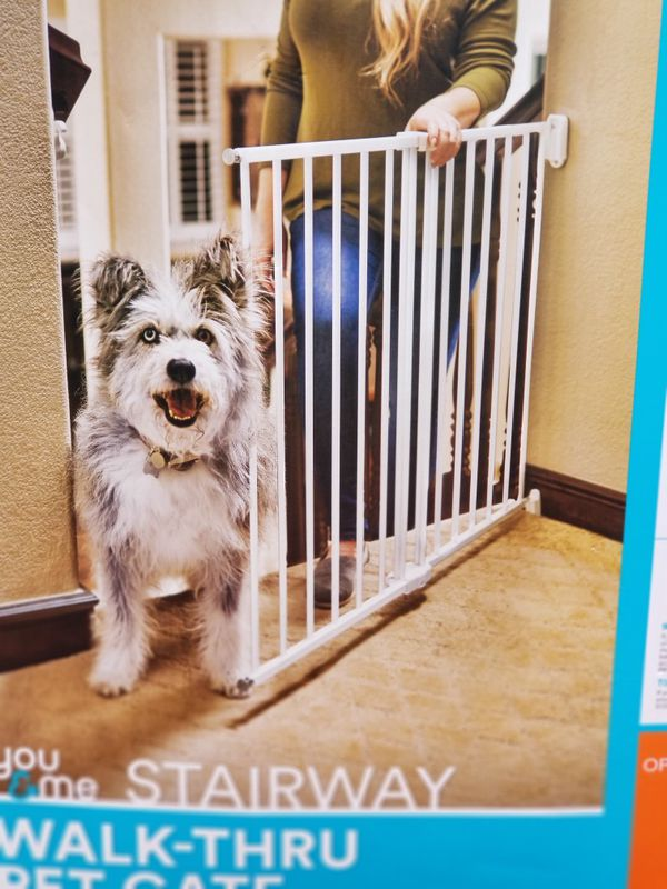 Stair way pet gate, new