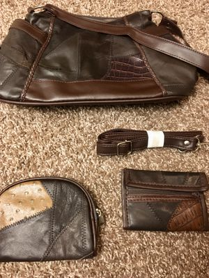 Genuine leather bag with all accessories shown included for Sale in Westerville, OH