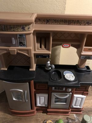 Little Tikes Gourmet Prep 'n Serve Kitchen for Sale in Richardson, TX