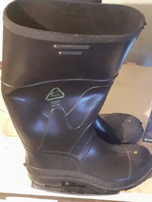Size 10 USA made Rubber Waterproof rain boots for Sale in Tulsa, OK