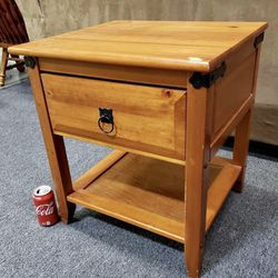 Pine Single Drawer Nightstand - Delivery Available for Sale in Tacoma,  WA