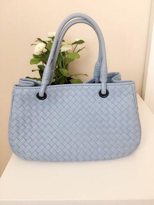 Bottega Veneta Tote bag blue for Sale in Chino Hills, CA