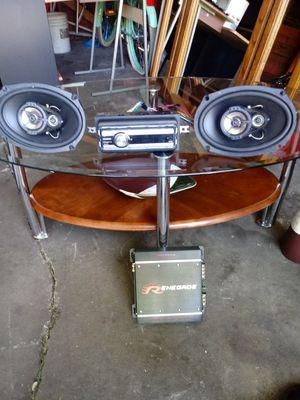 Jvc cd player and speakers 300 wat. Max 150 for Sale in Detroit, MI