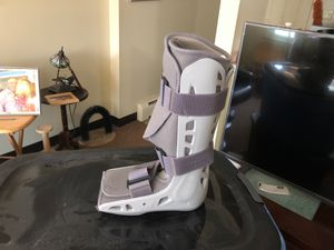 Hospital. Walking. Boot. Wore home never used for Sale in Maynard, MA