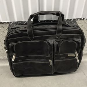 Overland Briefcase for Sale in Las Vegas, NV
