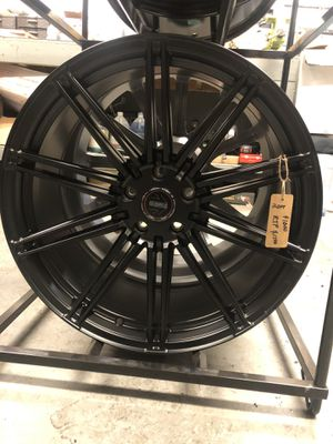 BRAND NEW set (4) MoMo Satin Black 20 inch rims only $1000!!! for Sale in Lakewood, WA