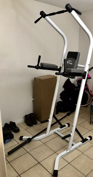 Gym with accessories for house or apartment for Sale in Hialeah, FL