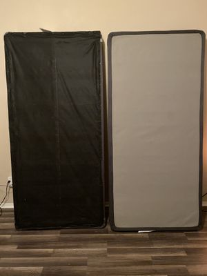 Boxsprings for Kingsize bed for Sale in Phoenix, AZ