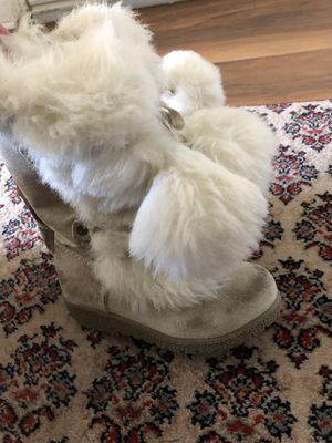 Girls winter boots for Sale in Ashburn, VA
