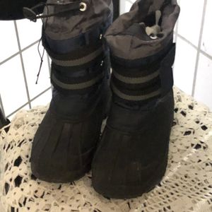 Kids Insulated Snow Boots for Sale in Baldwin Park, CA
