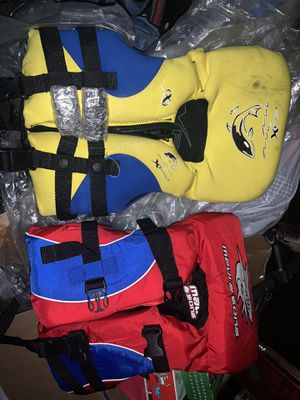 Infant life vest NEW! for Sale in Signal Hill, CA
