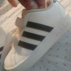 Like new Addidas size 7c for Sale in Fresno, CA
