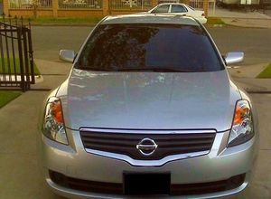 CleanCarFax-2OO8 Nissan Altima price-$1OOO for Sale in Enfield, CT