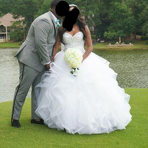 White Ballgown Wedding Dress size 4 for Sale in Lithonia, GA