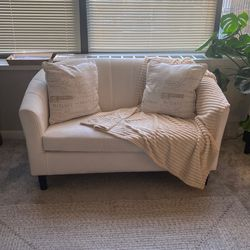 Small Couch for Sale in Chicago,  IL
