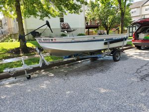 15ft aluminum boat with trailer and small electric motors for Sale in Pasadena, MD
