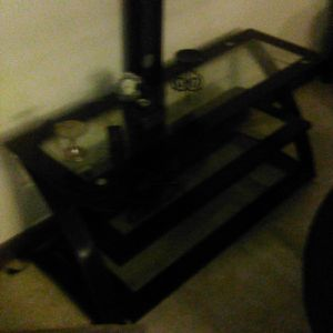 tv stand hold a 55 inch tv for Sale in Waterbury, CT