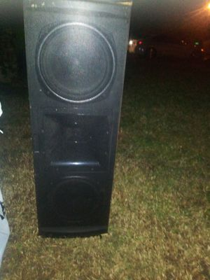Klipsch center reference speaker for Sale in Tulsa, OK