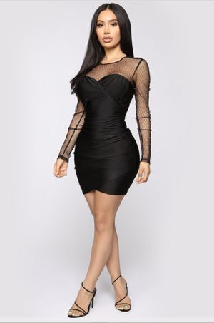 FASHION NOVA BEDAZZLED DRESS SIZE SMALL for Sale in Los Angeles, CA