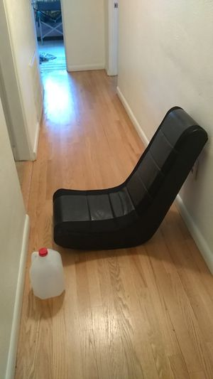 Kids video game rocker chair for Sale in Orlando, FL
