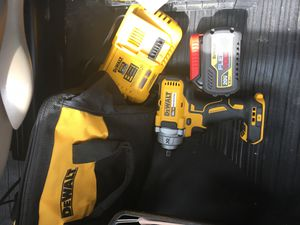 DEWALT 1/2 IMPACT WRENCH XR, FLEXVOLT 6.0ah 🔋 and FAST CHARGER. INCLUDES DEWALT CARRY BAG. Everything NEW (PRICE FIRM) for Sale in Charlotte, NC