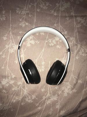 Beats solo headphones (non-wireless) for Sale in Philadelphia, PA