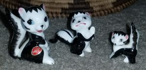 Vintage S.S. Japan Bone collection skunks with free DELIVERY for Sale in Hudson, FL