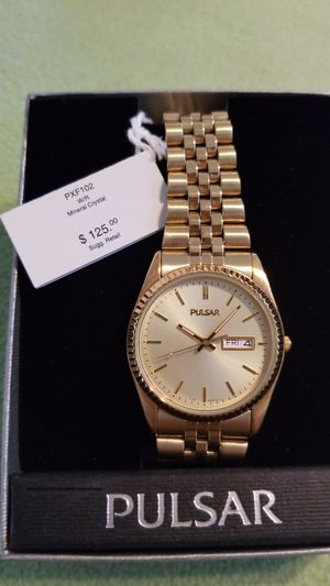 Pulsar gold watch for Sale in Tampa, FL