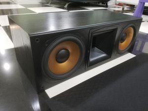 Klipsch RC7 Dual 8 inches driver 800 watts for Sale in Garden Grove, CA