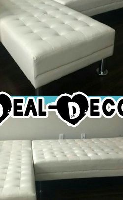 White Leather Sectional/ Sofa Bed for Sale in Atlanta,  GA