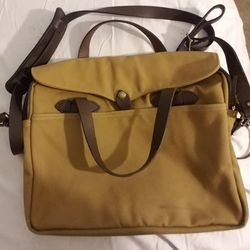 Filson Computer Bag, Double Duffle Canvas, Black Duffle Dry Bag, Shoulder Bag for Sale in Seattle,  WA
