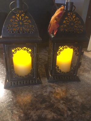 Qty (8) Small Lanterns with Fake Candles for Sale in Findlay, OH